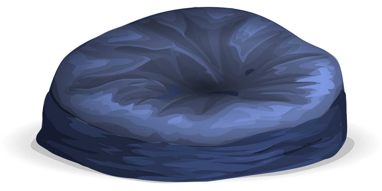 Conseils de nettoyage de son Pouf. Pouf en polyester, en velours, en similicuir ou en cuir, les différentes manières de nettoyer un pouf.